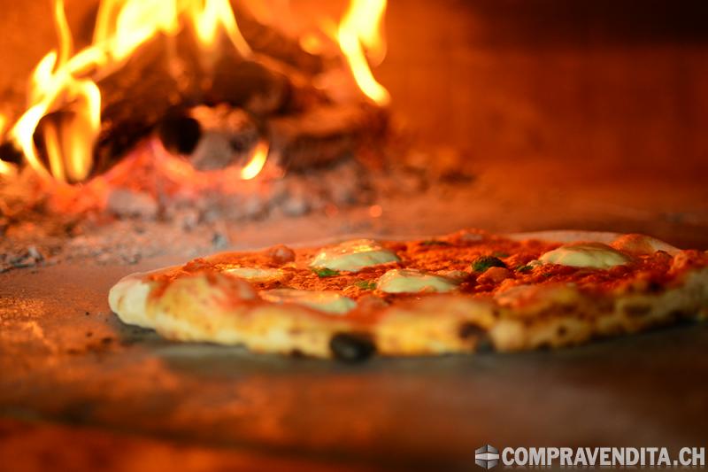Ristorante Pizzeria con Terrazza RistorantePizzeriaconTerrazza-612e2794628a7.png