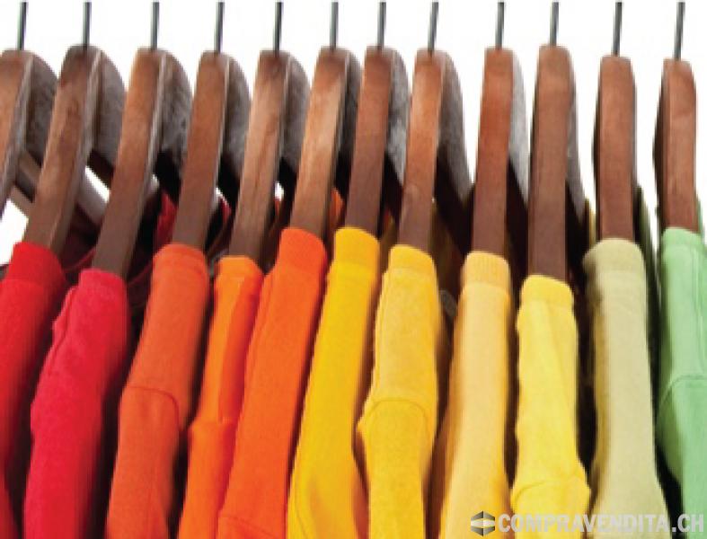 Cediamo negozio di abbigliamento e oggettistica varia a Locarno CediamonegoziodiabbigliamentoeoggettisticavariaaLocarno.png
