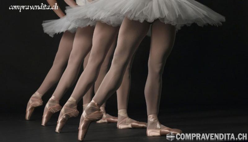 Cedesi prestigiosa scuola di ballo in Ticino CedesiprestigiosascuoladiballoinTicino-6137856391dc8.jpg